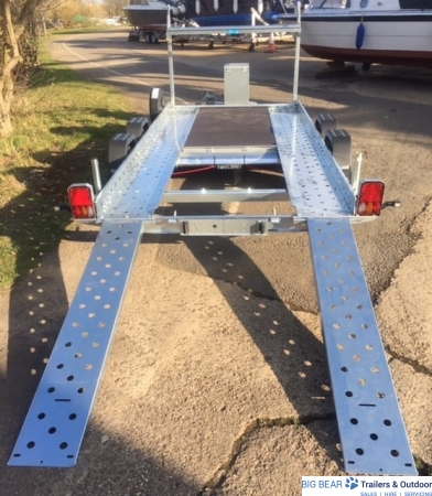 LWT-103-REAR-VIEW-RAMPS-OUT-AND-DOWN.jpg