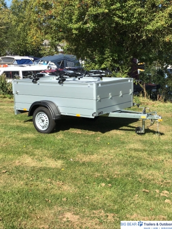 Anssems GT 750 251 HT Trailer, with spare, rack & 4 x Thule ProRide Cycle Carriers